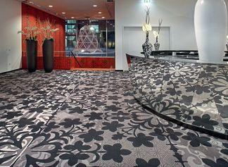 Teppichböden reinigen: So gehen Sie richtig vor